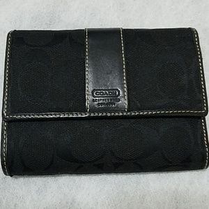 Coach signature wallet black for ladies